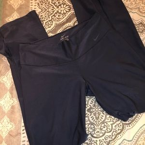 Nike workout pants. Size medium 💕